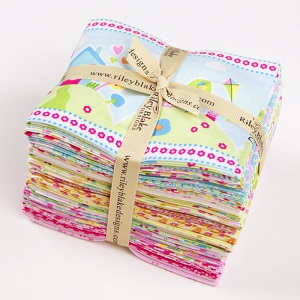 Riley Blake Designs - Sweet Home - Fat Quarter Bundle of 18 Pieces