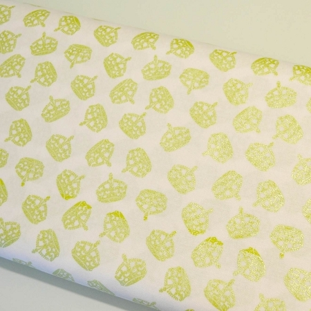 Riley Blake Designs - Hollywood Sparkle Crowns in Lime Green *** REMNANT 1.25 METRE PIECE ***