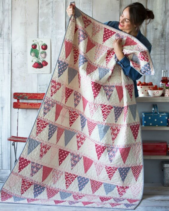 Tilda Candy Bloom Bunting Quilt