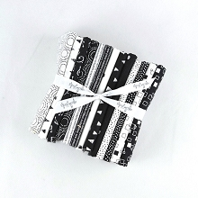 Makower UK Monochrome Fat Quarter Bundle of 13 pieces
