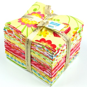 Riley Blake Designs - Hello Sunshine - Fat Quarter Bundle of 25 pieces