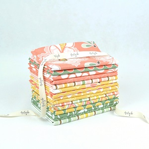 Riley Blake Designs - Valencia Fat Quarter Bundle of 15 Pieces