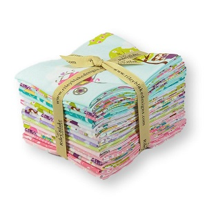 Riley Blake Designs - Dream and a Wish - Fat Quarter Bundle of 18 Pieces