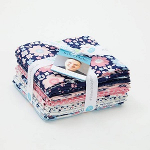 Riley Blake Designs - Hello Baby - Fat Quarter Bundle of 15 Pieces