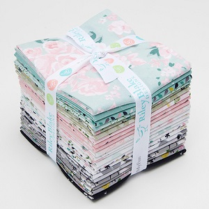 Riley Blake Designs - Mary Elizabeth - Fat Quarter Bundle of 21 Pieces *** PREORDER ARRIVING END OF JANUARY 2019 ***