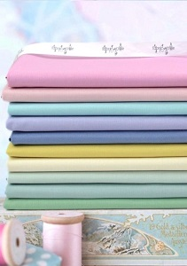 Tilda Solids Co-ordinating with Happy Campers - Fat Quarter Bundle of 10 fabrics