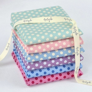 Tilda Plum Garden Medium Dot Co-ordinates - Fat Quarter Bundle of 6 fabrics