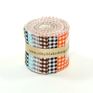 Riley Blake Designs - 1/8 inch Small Gingham - 2.5 Inch Rolie Polie 11 Pieces