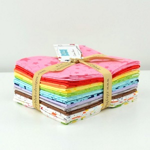 Riley Blake Designs - Cotton Stars - Fat Quarter Bundle of 12 Pieces