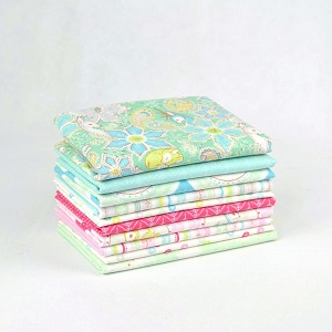 Blend Fabrics - Christmas Dear - Fat Quarter Bundle of 10 Pieces