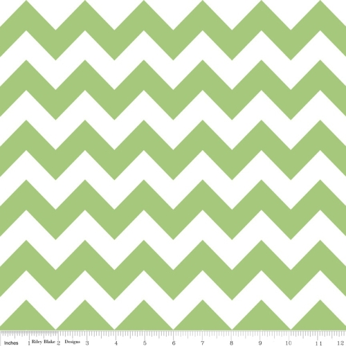Riley Blake - Medium Chevron in Green *** REMNANT PIECE 37CM x 112CM***