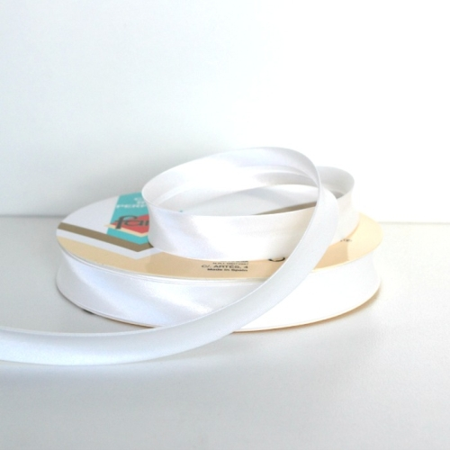 Satin Bias Binding Trim 18mm Single Fold - White