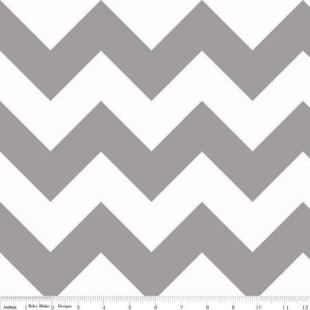 Riley Blake - Large Chevron in Grey / Gray