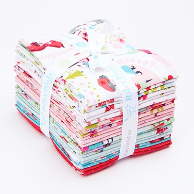 Riley Blake Designs - Little Red in the Woods - Fat Quarter Bundle of 21 Pieces