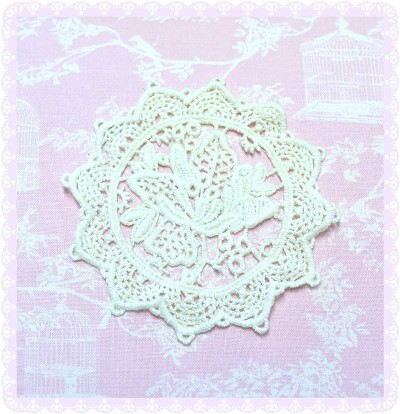 Cotton Lace Applique / Motif - Round Flower - Off White